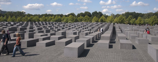 Berlijn_holocaust-monument foto albert van den boomen