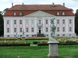 Schloß Friedrichsfelde